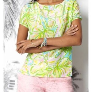 Lilly Pulitzer elephant ears guava top M